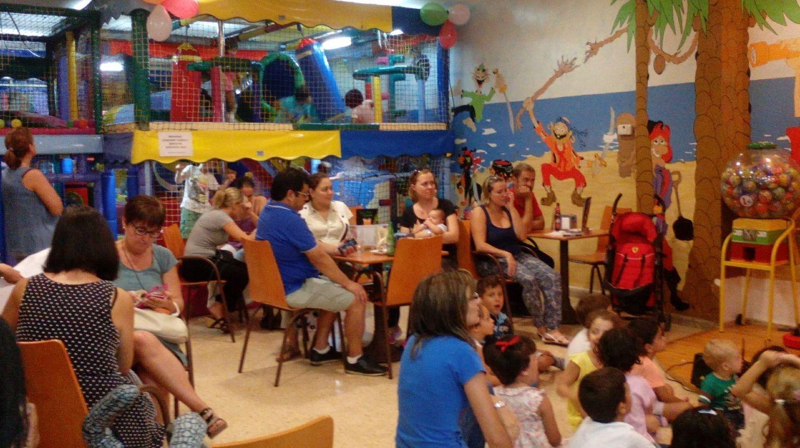 Locales para fiestas de cumplea os en valencia bufytos for Locales para cumpleanos en sevilla