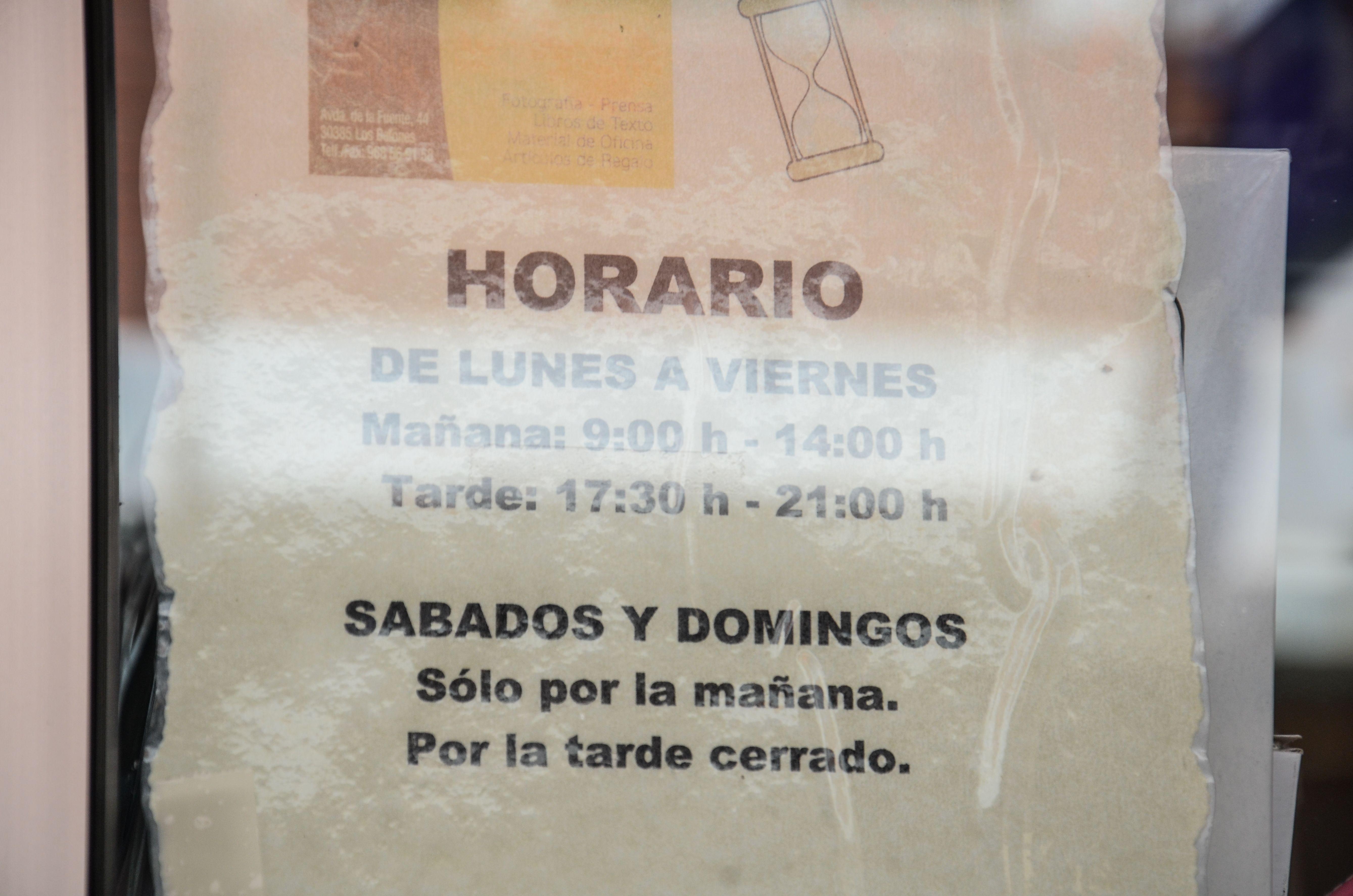Foto 5 de Papelerías en Cartagena | Papelería Librería Yoyes