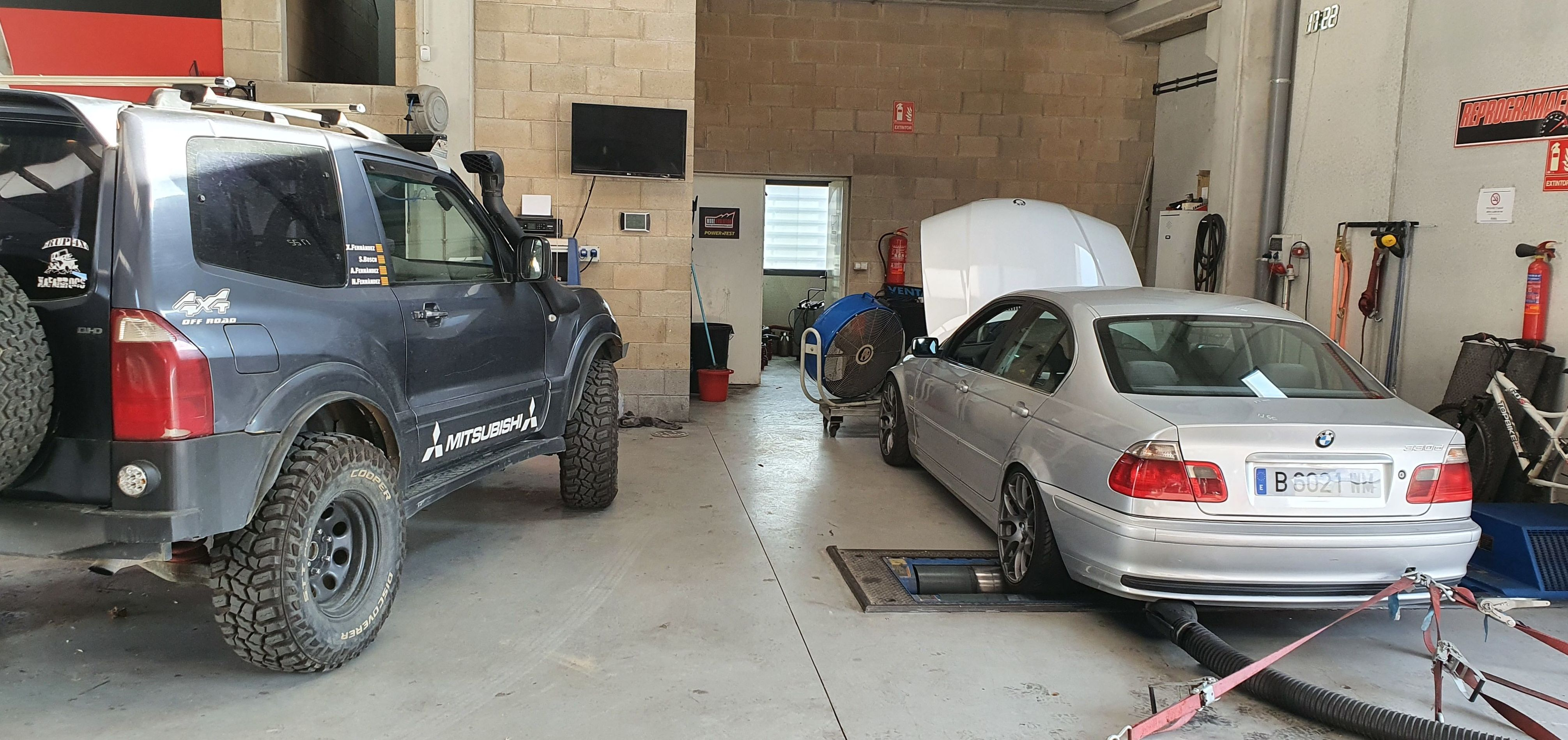 Foto 2 de Talleres de automóviles en La Cellera de Ter   Taller Mecànic Moreevolution