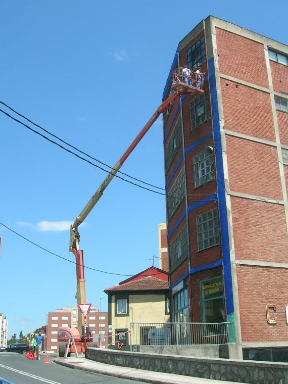 reparacion en fachada edificio industrial lejona