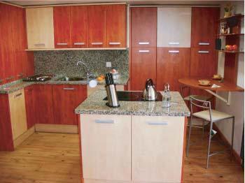 Foto 9 de Muebles de baño y cocina en Lleida | Veyacuin Mobiliari de Cuina i Bany