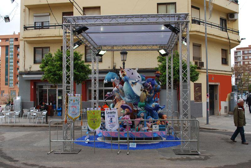 Parques para fallas y eventos: Servicios de Chequeguay