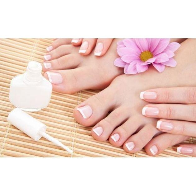 Manicura y pedicura: Tratamientos de Estética Taris