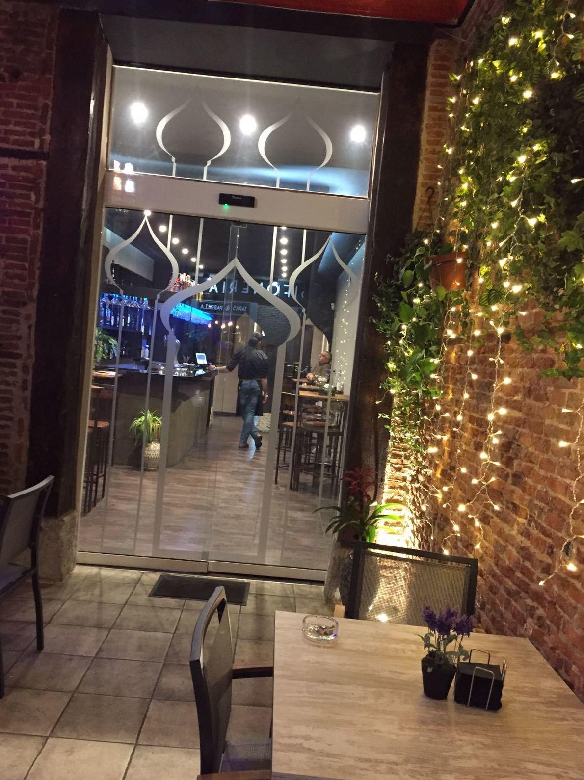 Foto 1 de Cocina árabe en Madrid | Las Mil y una Noches
