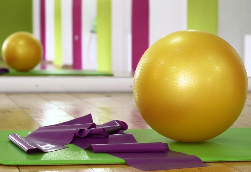¿Qué hace pilates en el cuerpo?