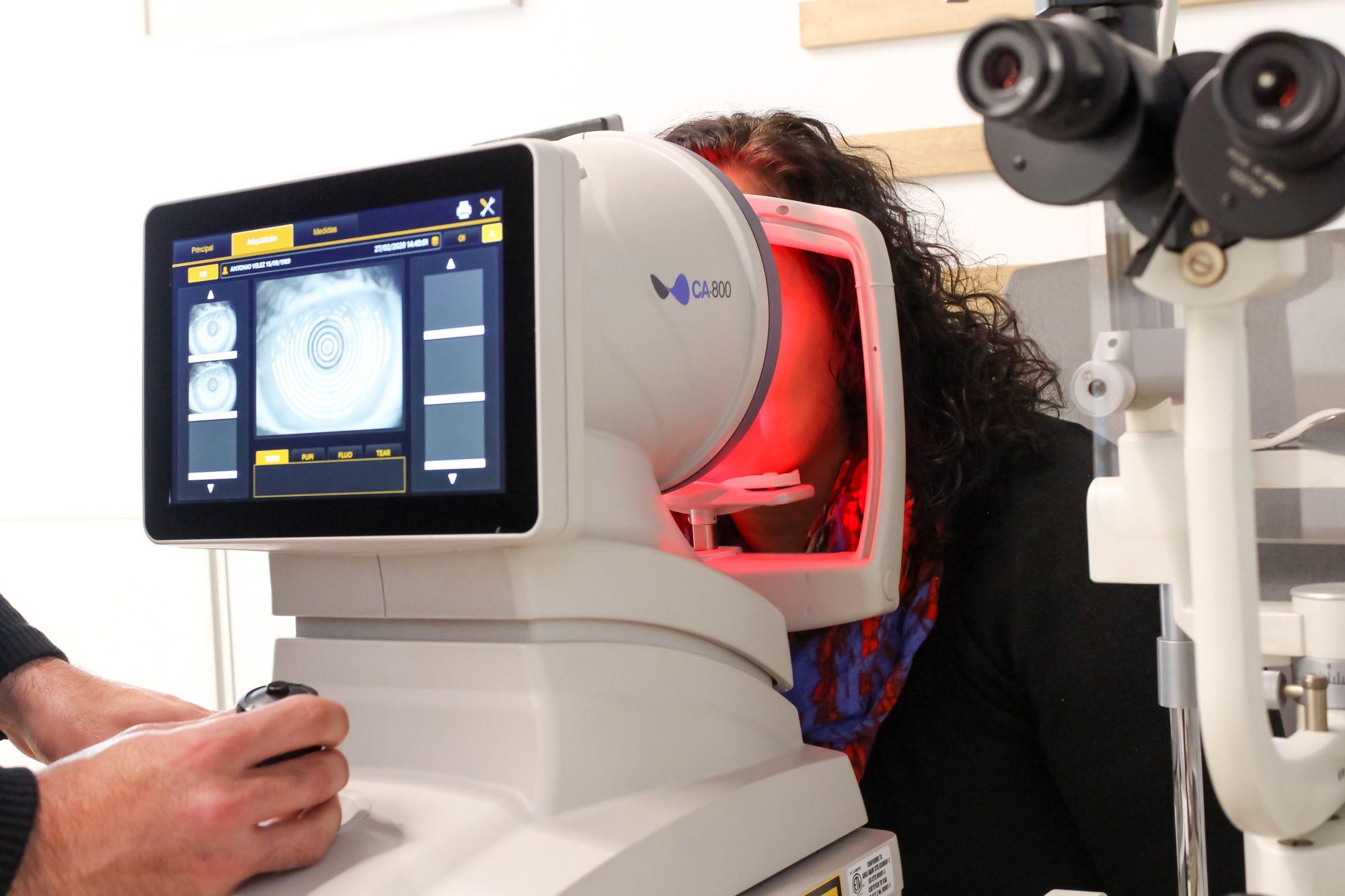 Maquinaria para revisiones oculares