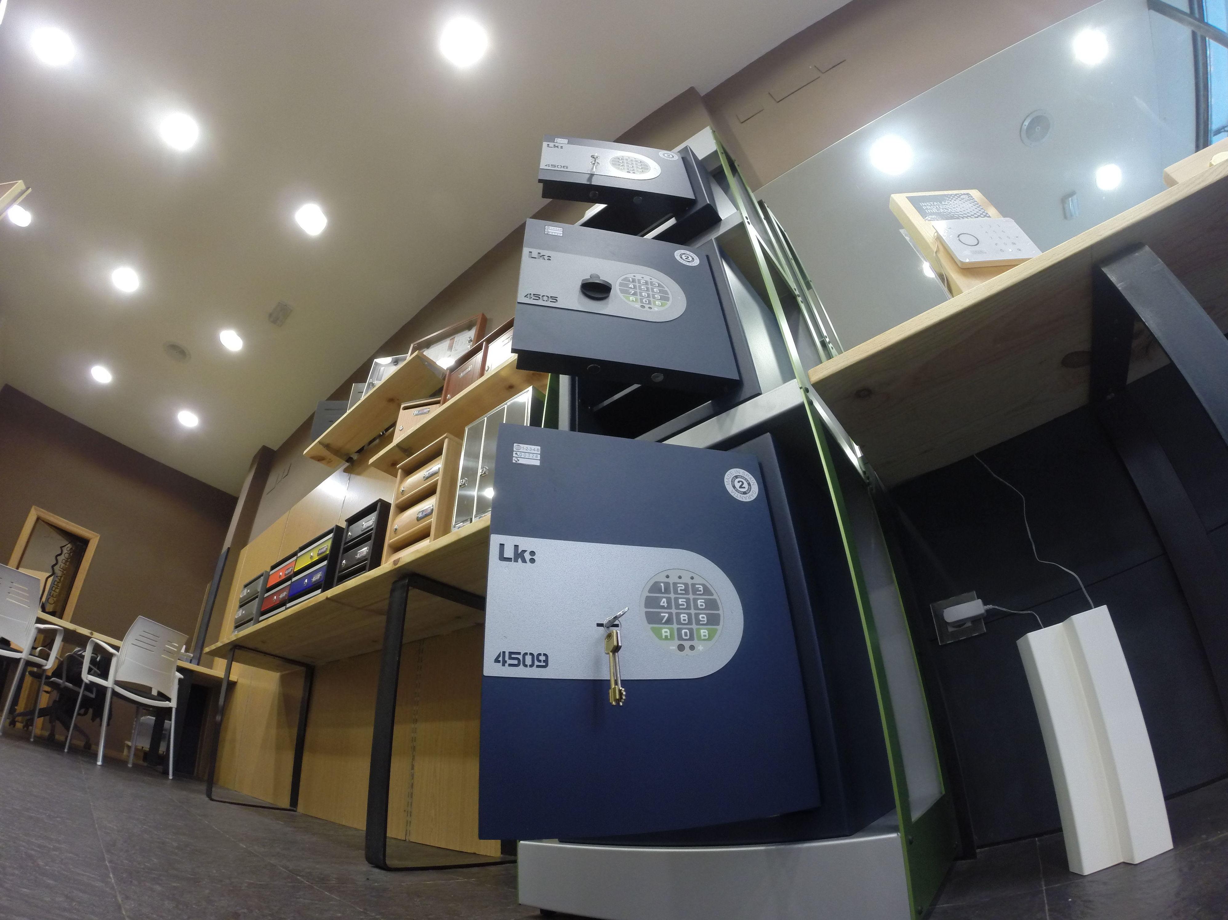 Foto 13 de puertas en getxo uk apertura de puertas - Cerrajeros bilbao ...