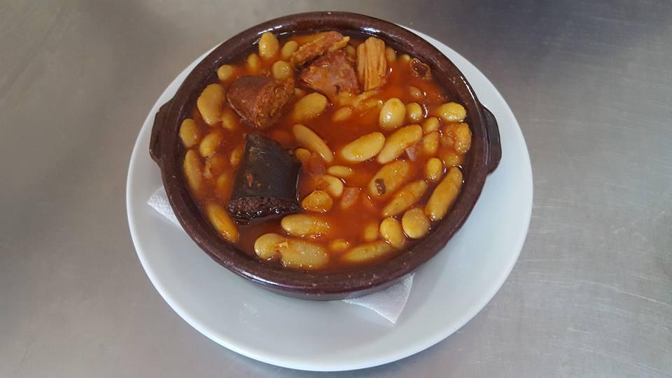 Fabada: Especialidades  de Restaurante La Viña