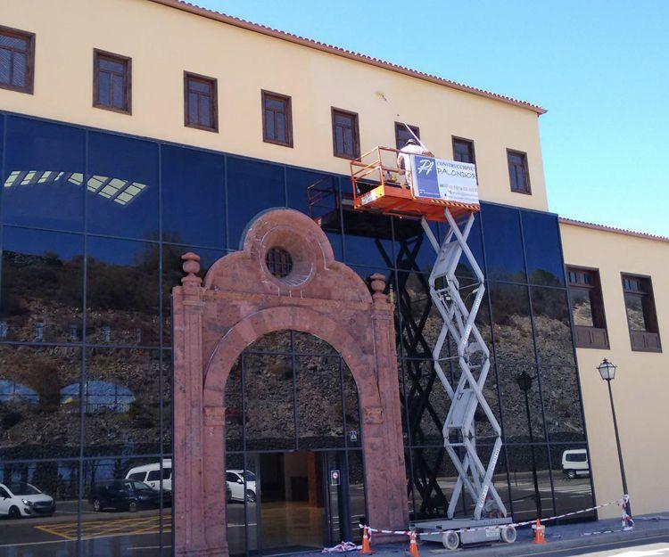 Pintura de fachadas en La Gomera