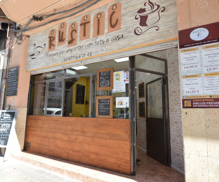 Fachada del restaurante asador en Torredembarra
