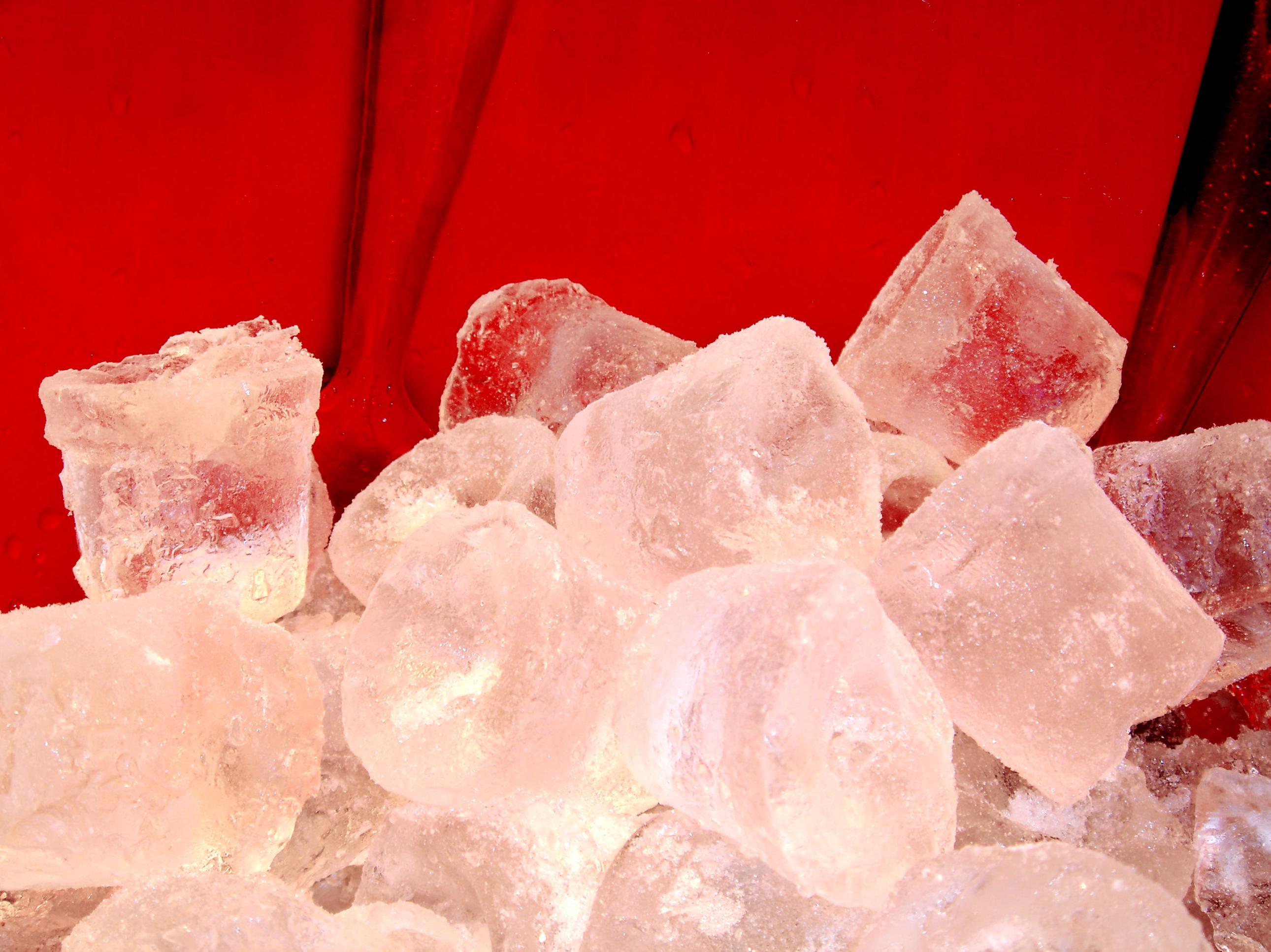 Venta y distribución de hielo en todo Madrid