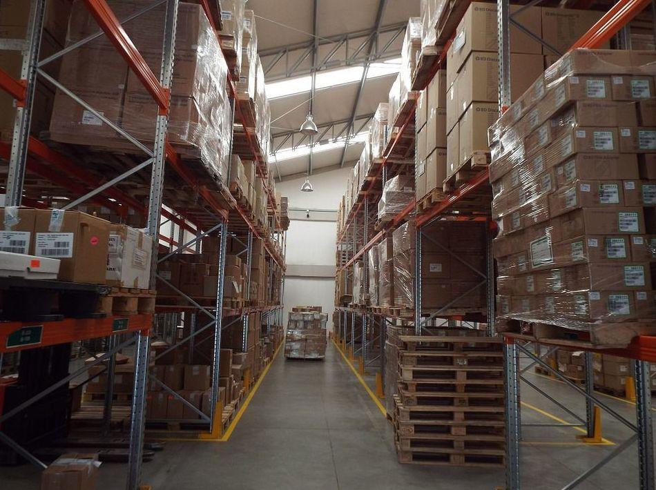 Servicio de guardamuebles: Qué ofrecemos de RF movers