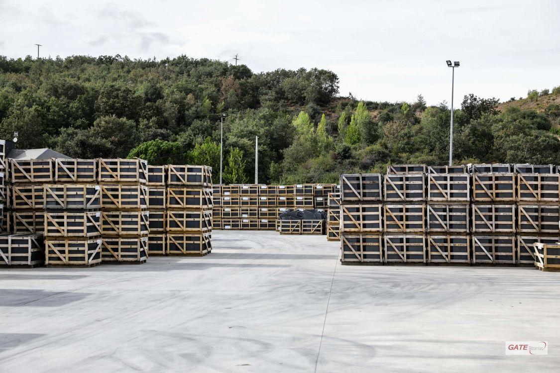 Pizarra natural de calidad para cubiertas en León