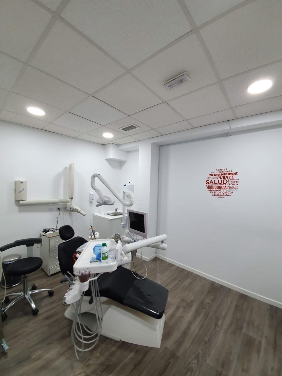 Clínicas dentales Valmojado