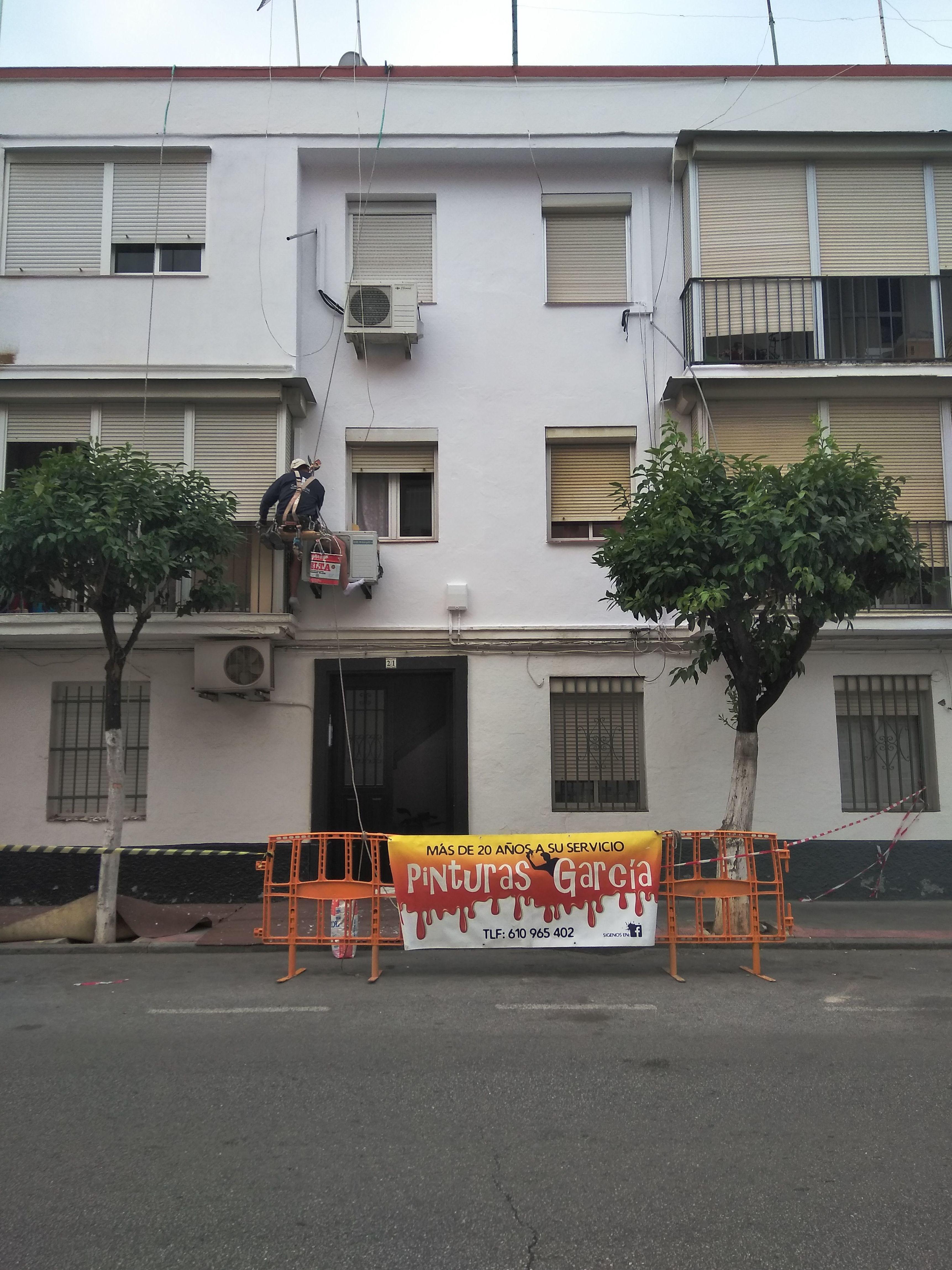 Foto 23 de Especialistas en trabajos de altura en Dos Hermanas | Pinturas García