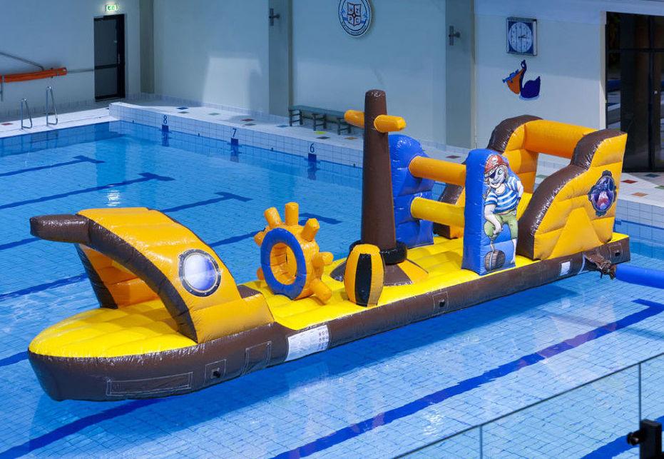 Juegos hinchables acuáticos
