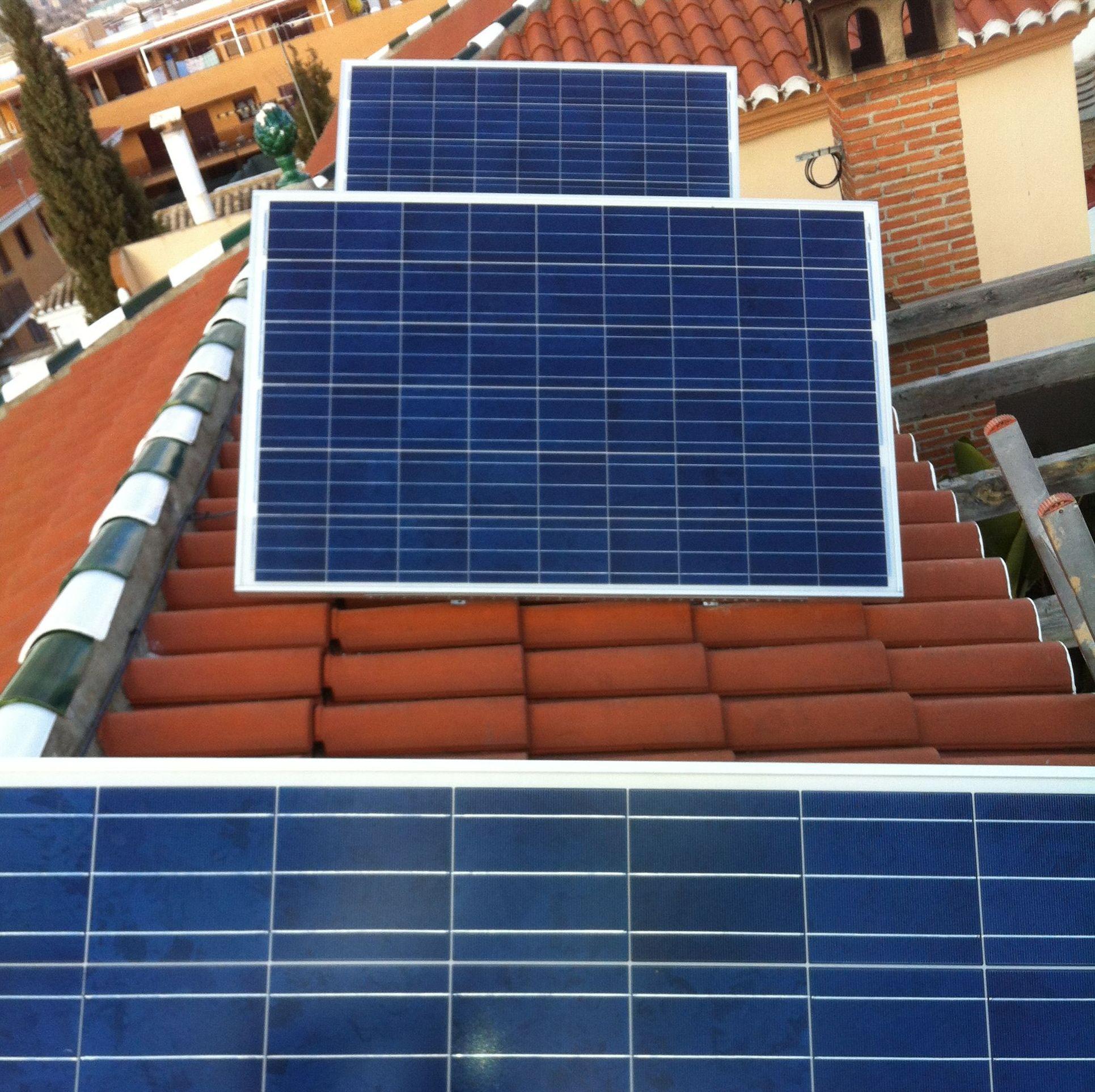 Foto 6 de Instalación de placas solares en  | Ahorralia