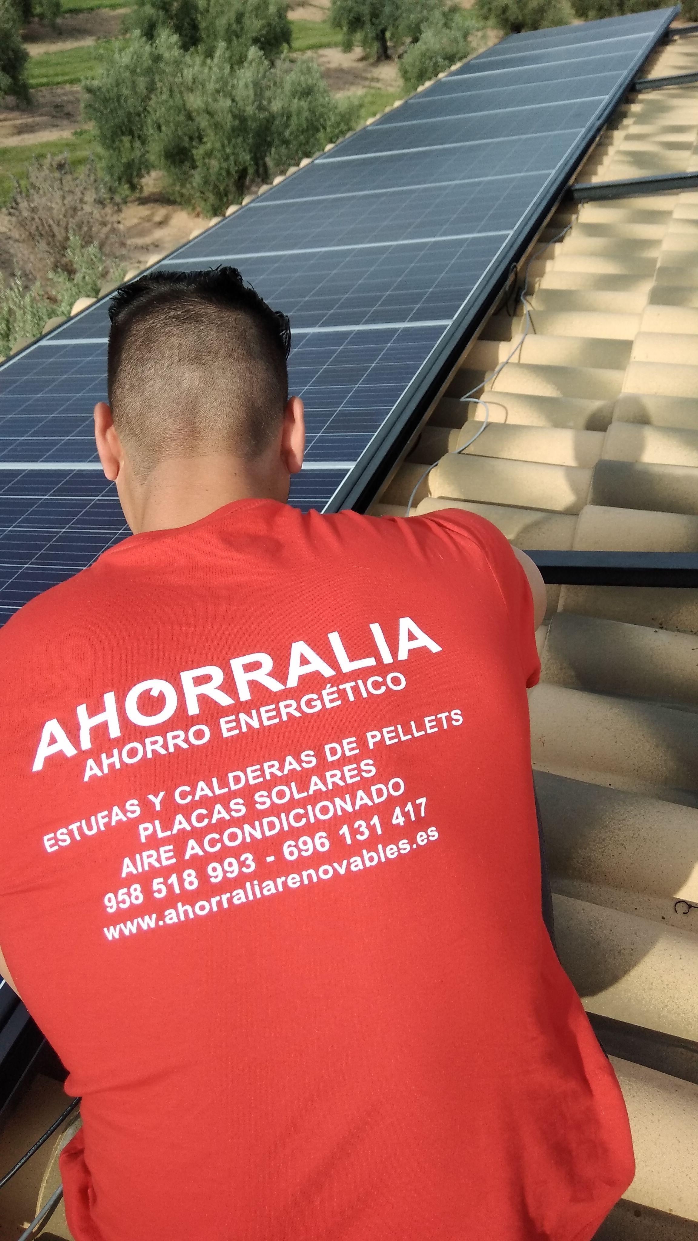 Foto 21 de Instalación de placas solares en    Ahorralia