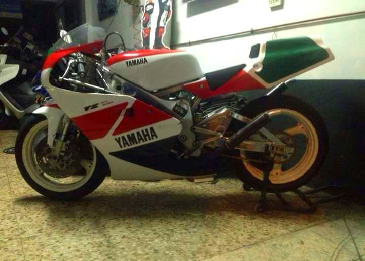 Pintura reparación, carenados fibra: Servicios de Moto 2000
