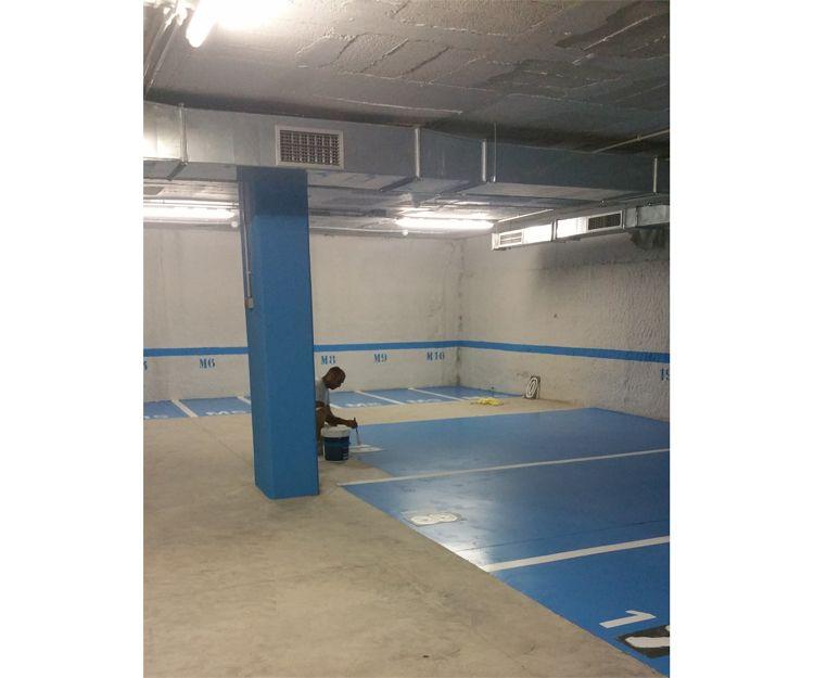 Pintores de suelo de parking en Sabadell, Barcelona