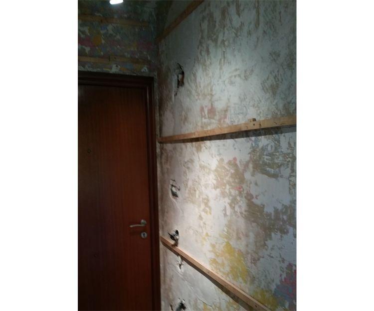 Proceso de pintura de viviendas