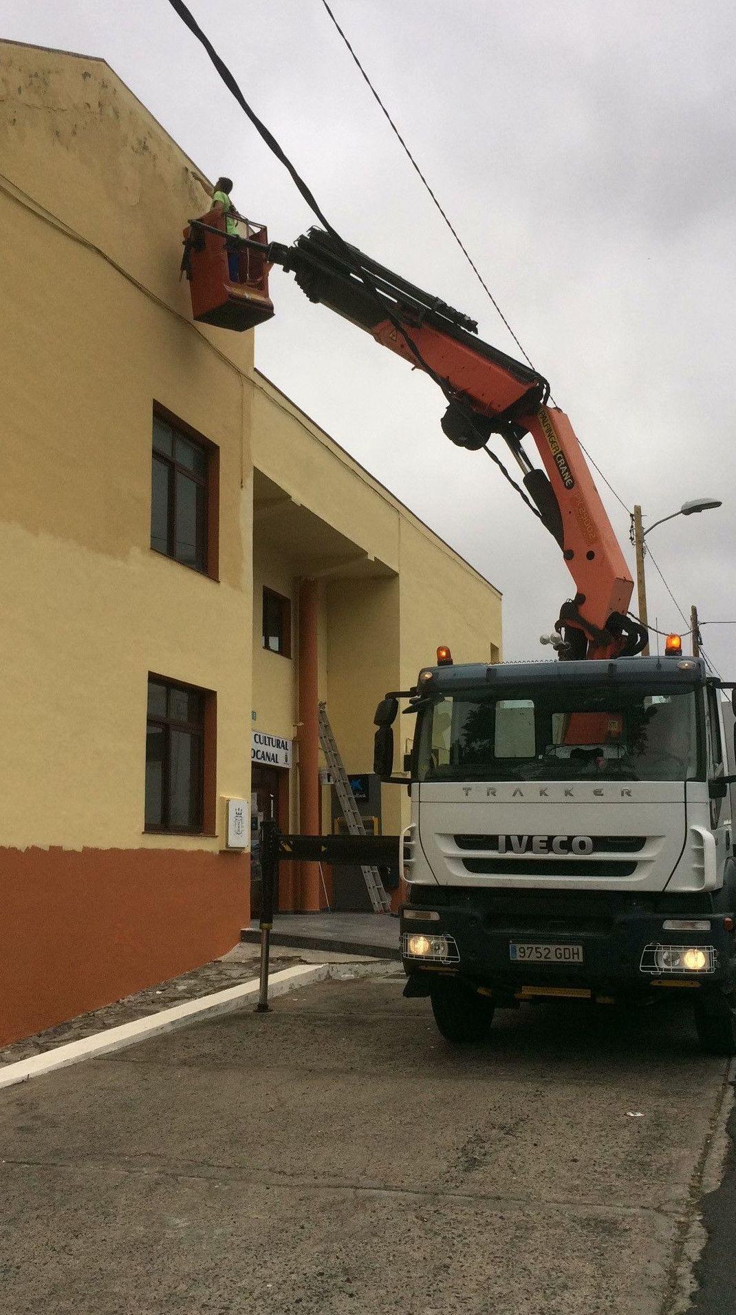 Foto 1 de Materiales de construcción en Las Puntas | Grupo Logística Jinama S.L.U