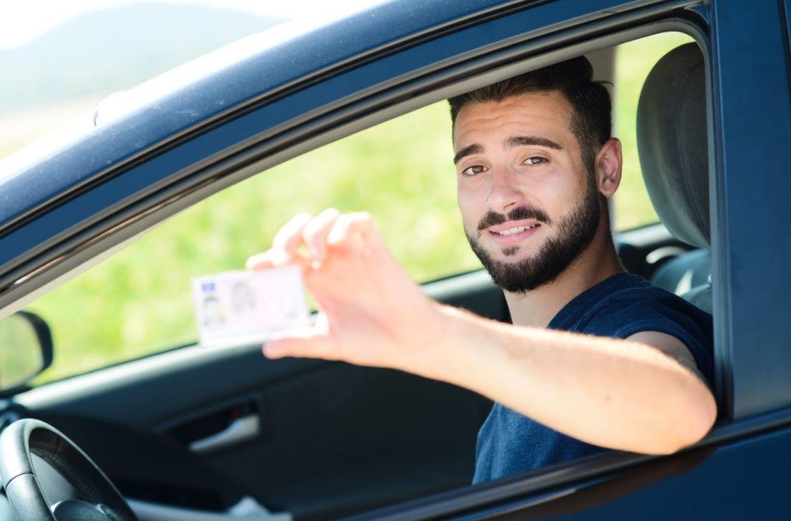 Permisos de conducir: Autoescuela de Autoescuela Moreno
