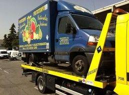 Servicio de grúa para vehículos de reparto en Madrid