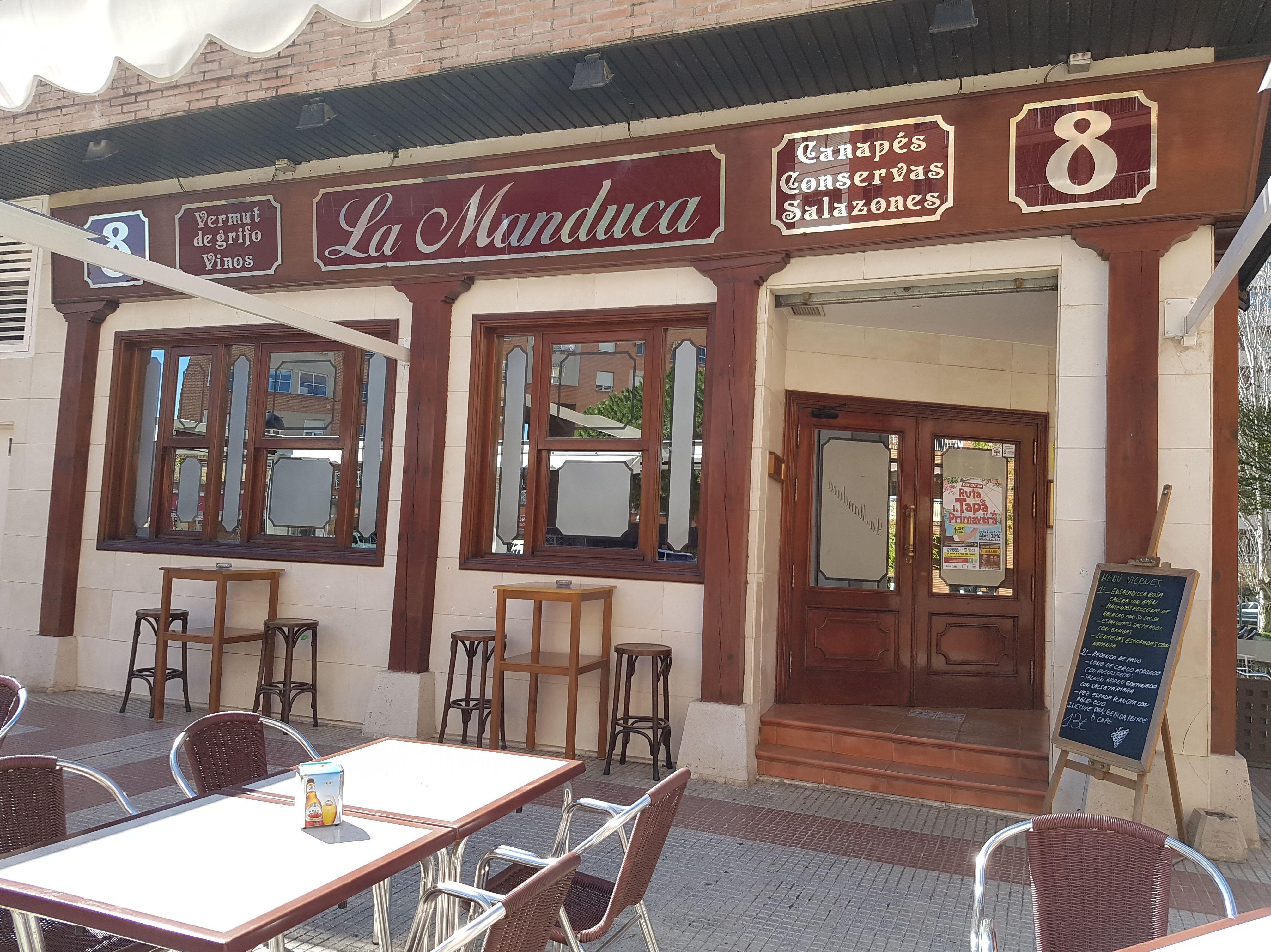 Fachada del restaurante La Manduca en Guadalajara