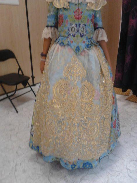 Confección y arreglos de vestidos de fallera en Valencia