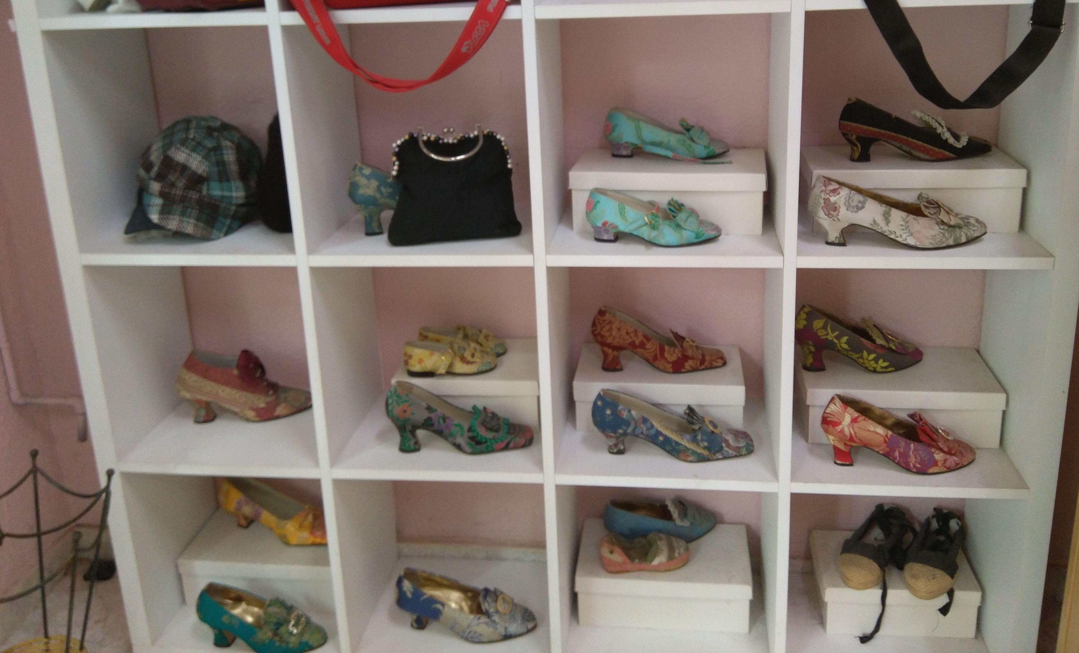 Confección zapatos de fallera