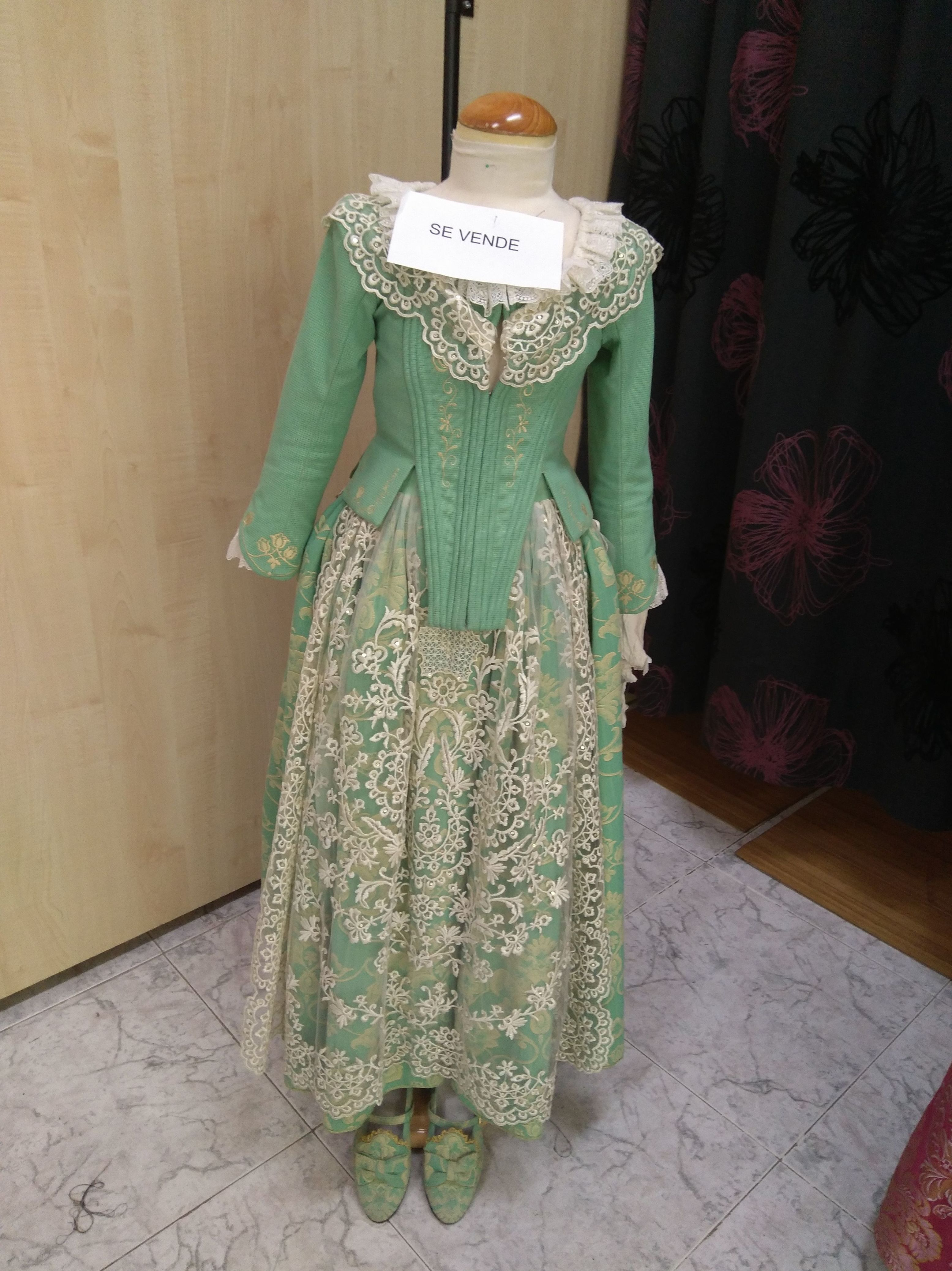 Confeccion trajes de fallera niña
