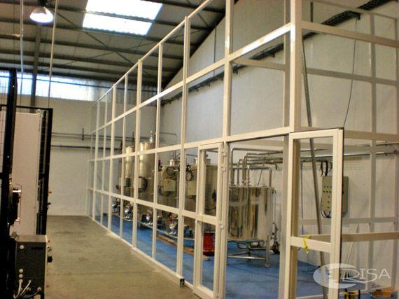 Foto 1 de Carpintería de aluminio, metálica y PVC en Terrassa | Aluminis Disa