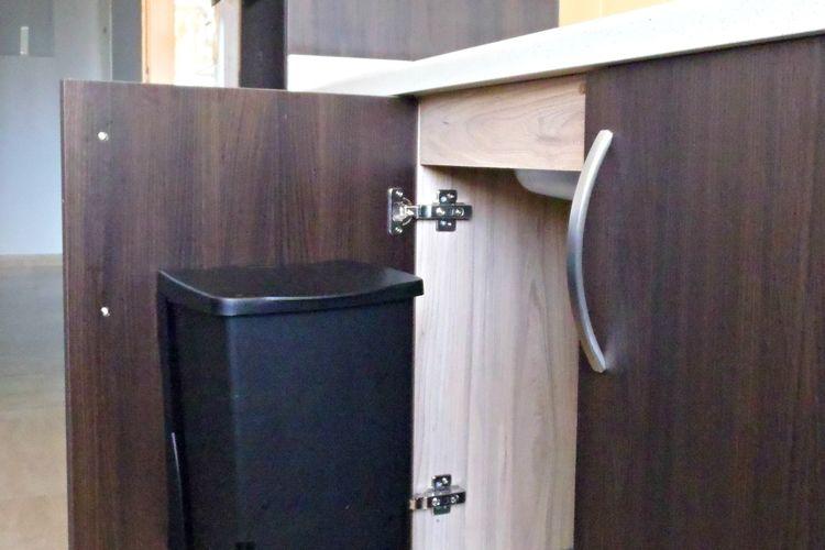 Interior de mueble de cocina
