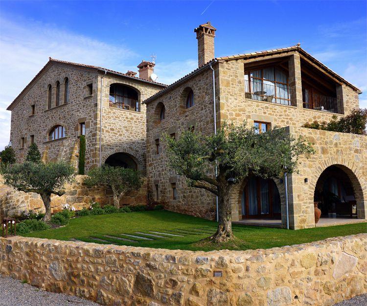 Restauración de masías antiguas y molinos en Barcelona