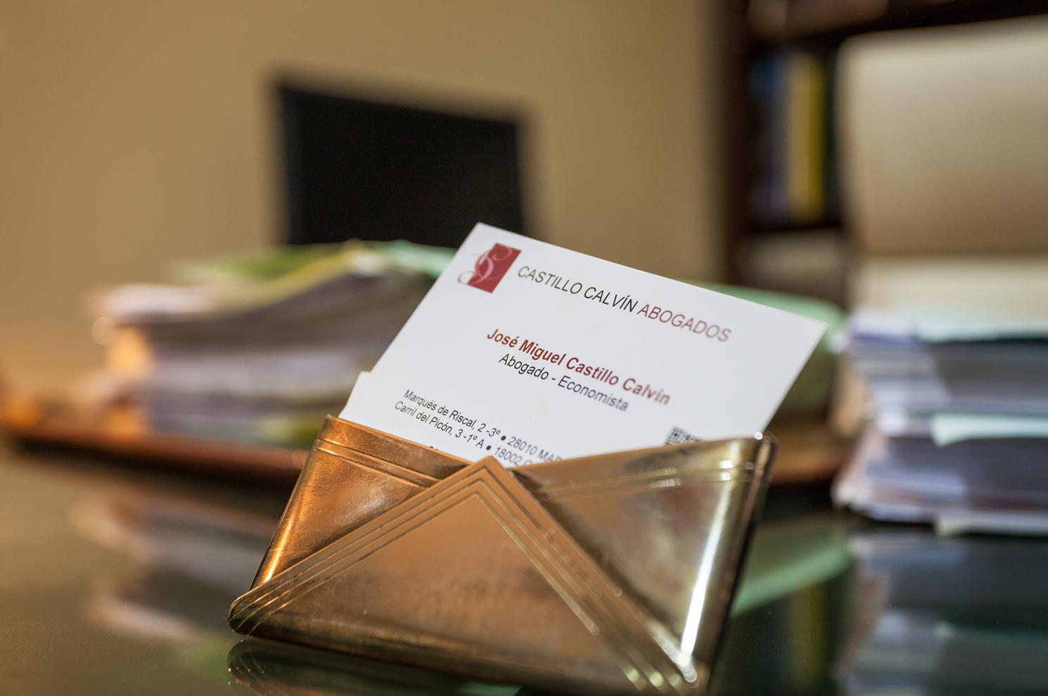 Tarjeta de visita de nuestro despacho de abogados