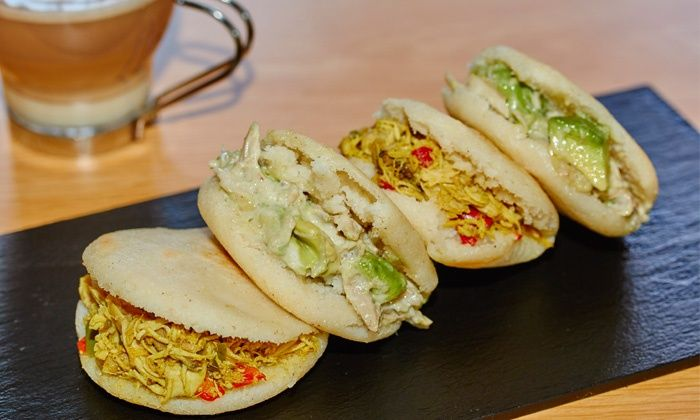 Arepas: Carta de Don Tapeo }}