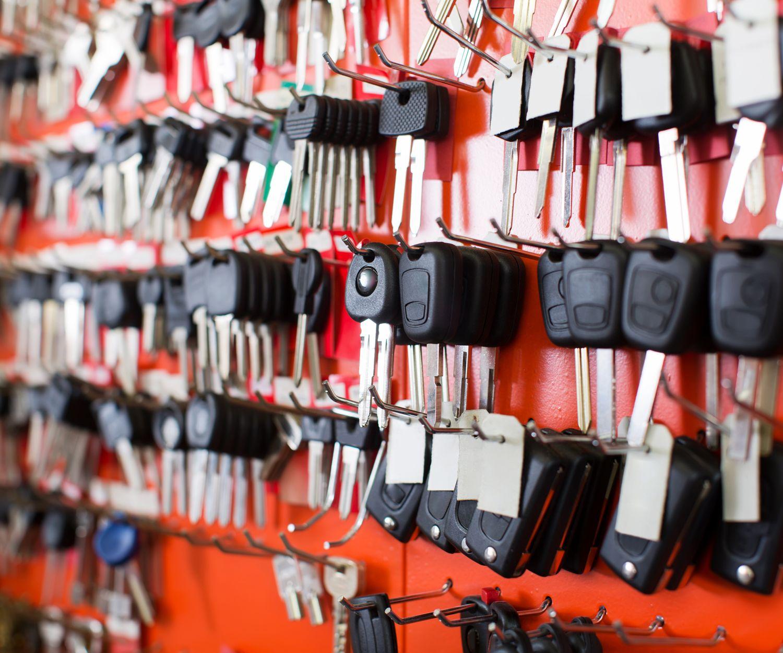 Empresa especializada en duplicado y codificado de llaves en Madrid