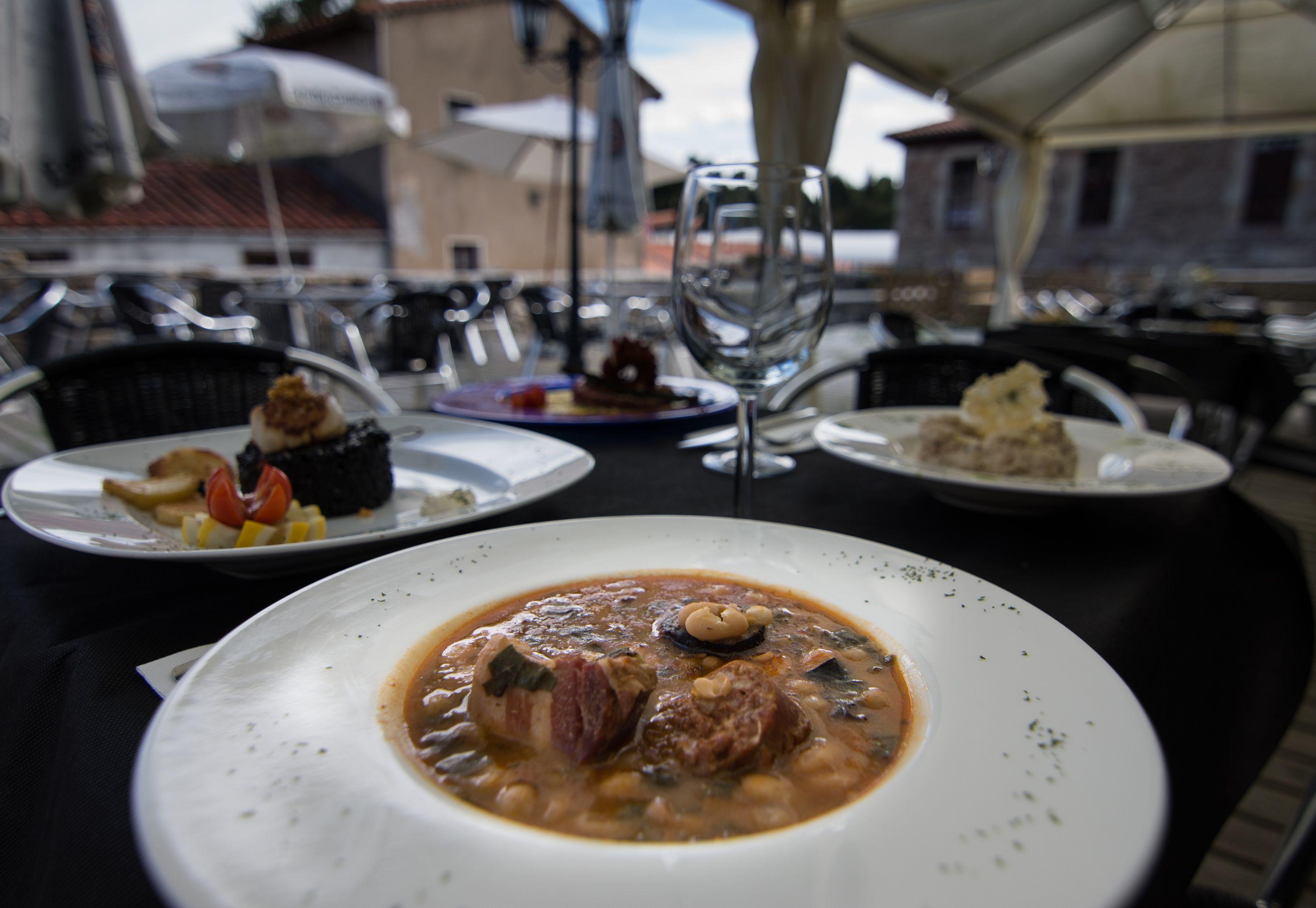 Legumbres Restaurante El Cantón