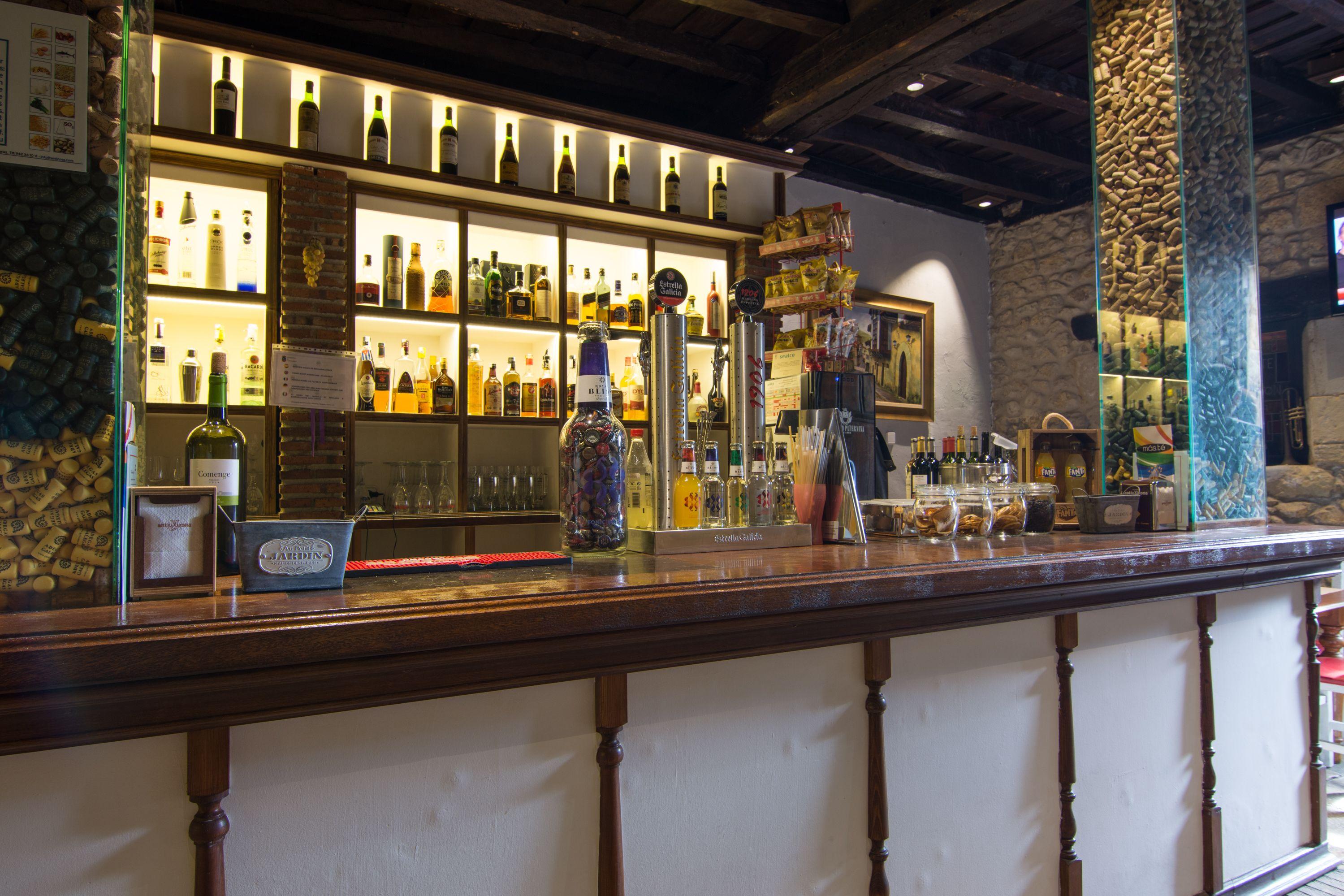 Barra Restaurante El Cantón