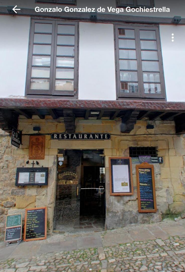 Foto 40 de Restaurante de comida mediterránea en Santillana del Mar | Restaurante El Cantón