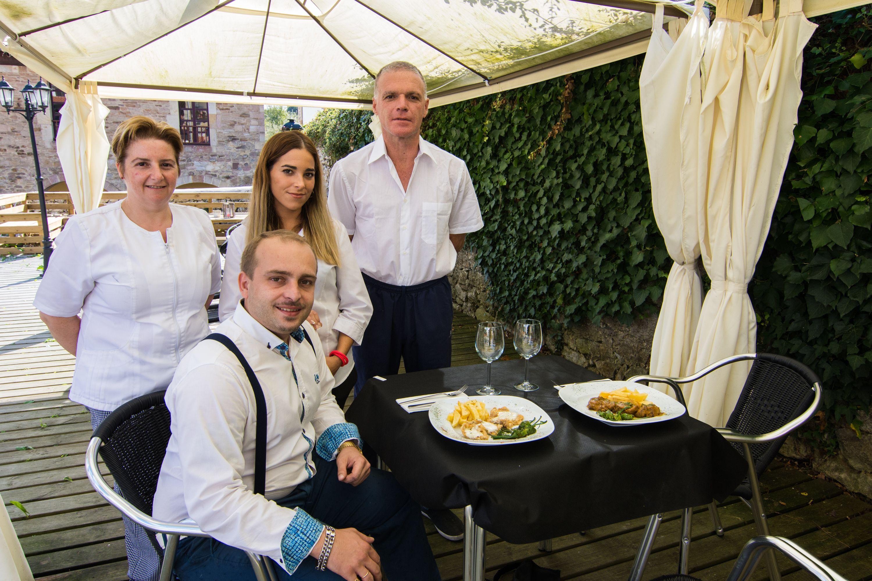 Personal Restaurante El Cantón