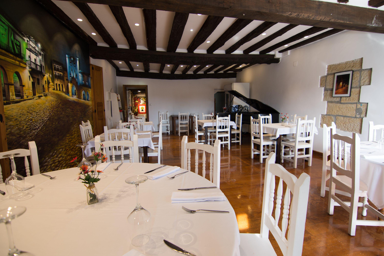 Foto 25 de Restaurante de comida mediterránea en Santillana del Mar ...