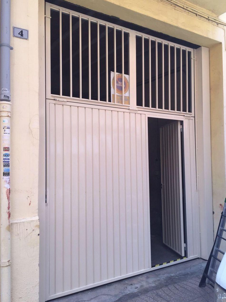 Puerta de contrapesos