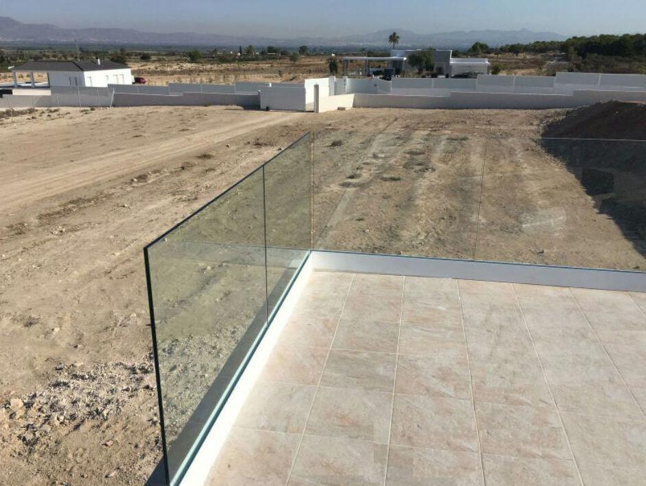 Barandilla de vidrio a suelo