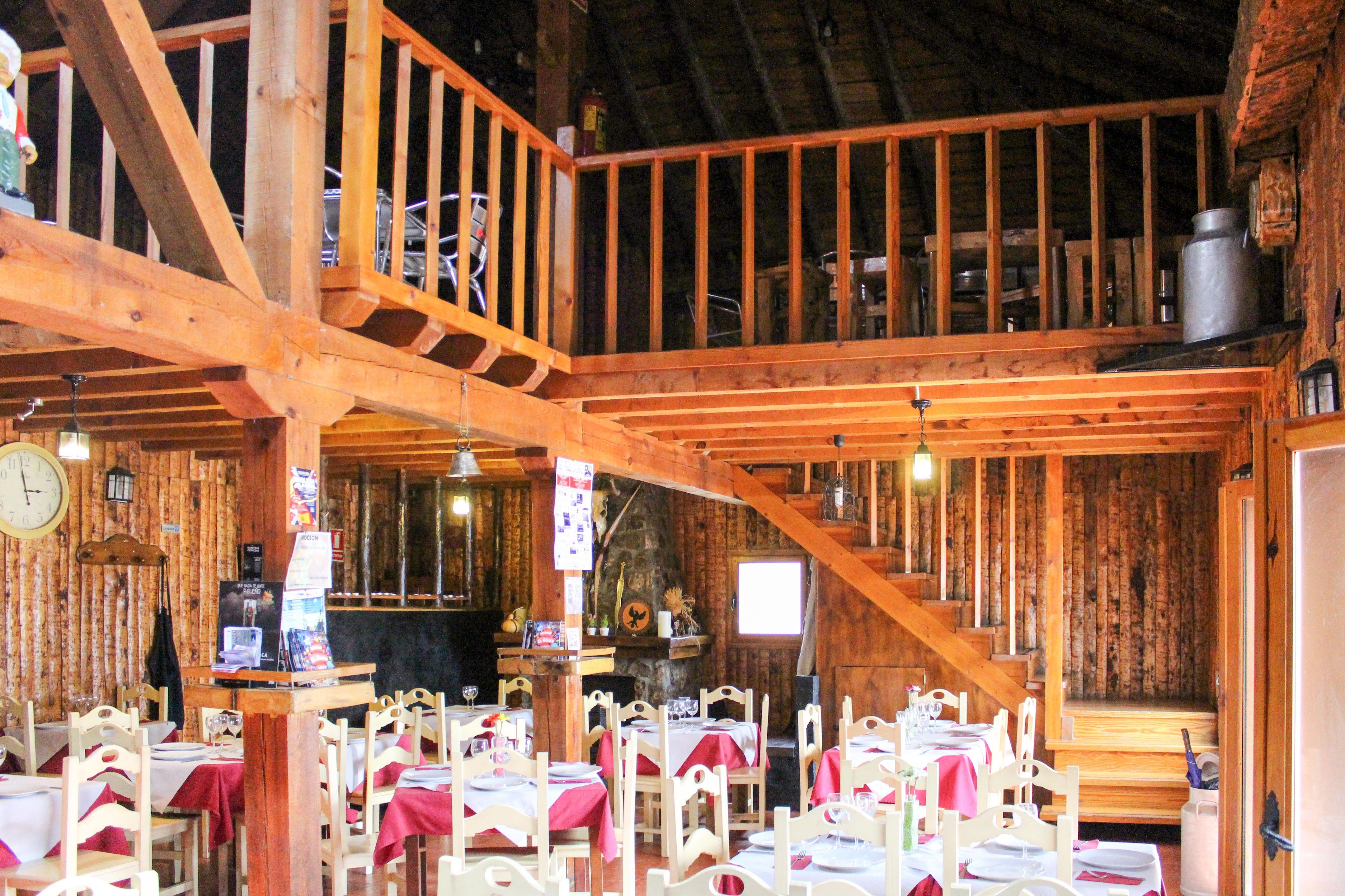 Foto 1 de Cocina cántabra en El Boalo   El Refugio de Oria