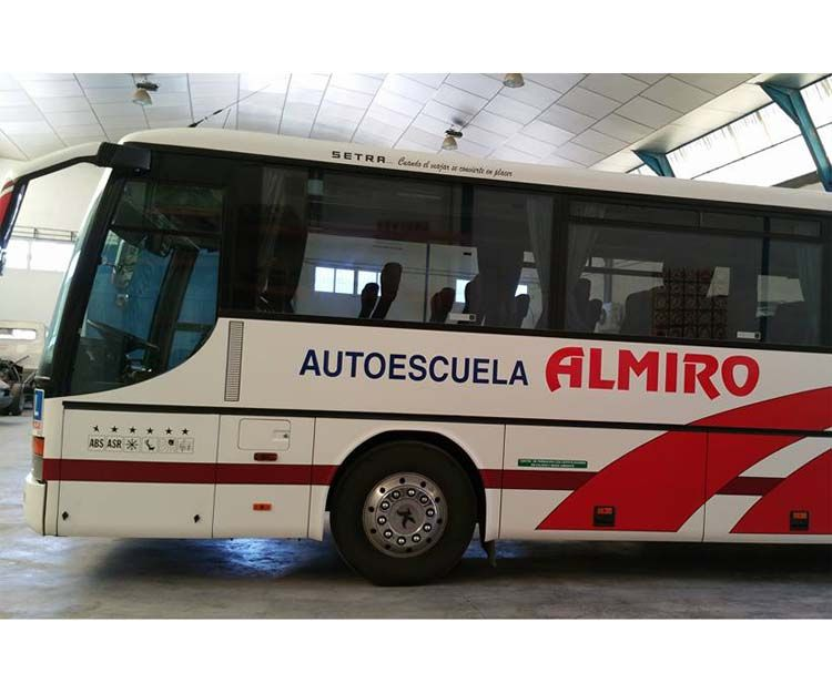Carné de conducir autobuses