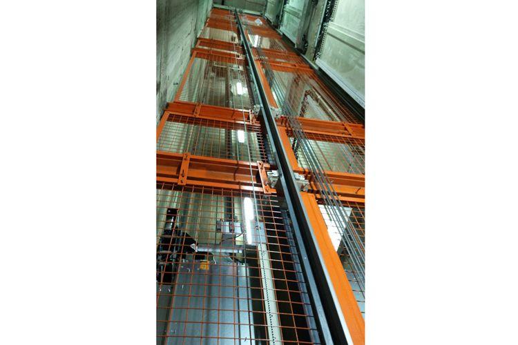 Trabajos de mantenimiento de ascensores en Granada