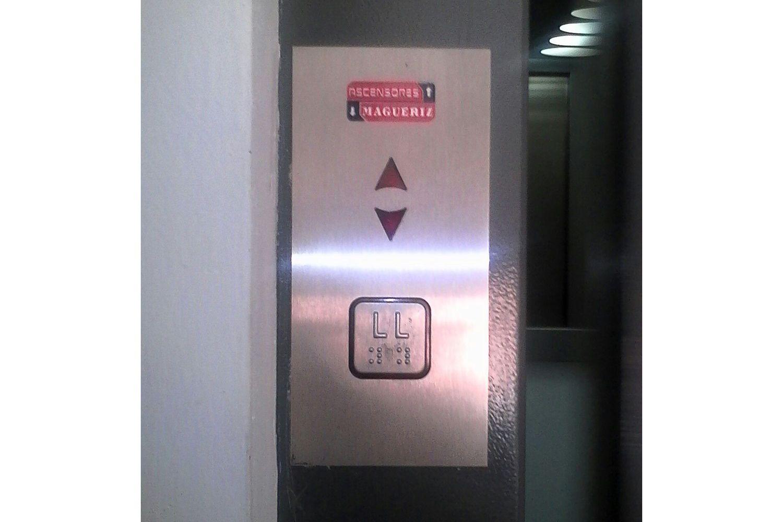 Empresa de mantenimiento de ascensores en Granada