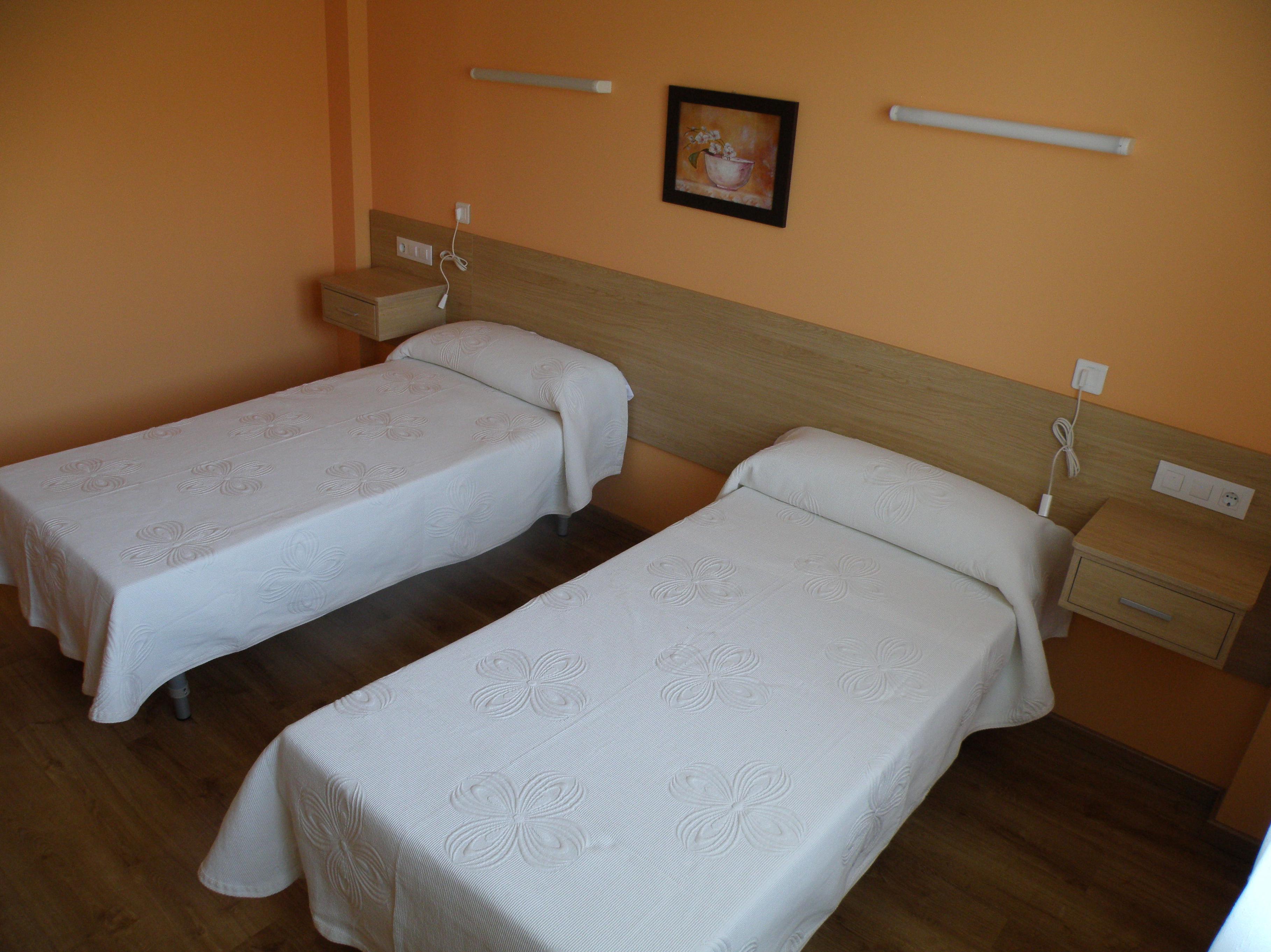 Habitaciones Dobles: Servicios de Residencia Geriátrica Santirso